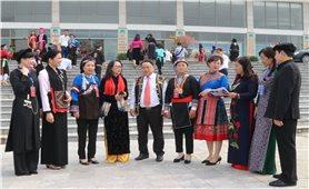 """""""Các dân tộc tỉnh Lào Cai đoàn kết, phát huy nội lực, hội nhập và phát triển"""""""