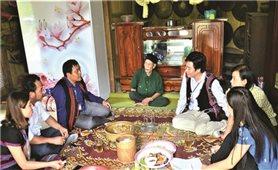Già làng Kôn Pruôi giữ hồn dân tộc nơi đại ngàn