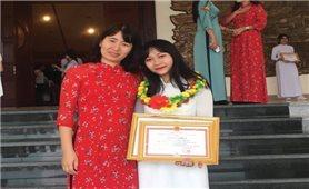 Thành tích học tập đáng nể của cô gái Tày xứ Tuyên