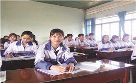 Cô học trò người Dao vượt khó chinh phục các kỳ thi