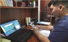 Học sinh DTTS, miền núi: Học qua truyền hình, Online liệu có khả thi?