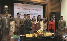 Ủy ban Dân tộc ký kết Chương trình phối hợp với Bộ Văn hóa, Thể thao và Du lịch
