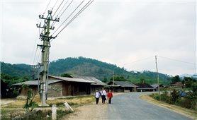 Kéo điện lưới về vùng sâu, vùng xa: Gian nan huy động vốn