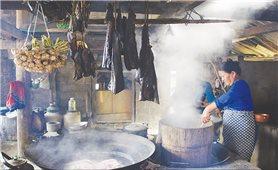 Thịt gác bếp, món ngon dự trữ của đồng bào vùng cao