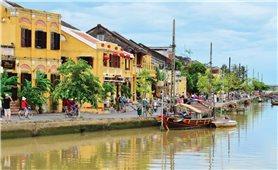Phát triển du lịch gắn với bảo tồn di sản