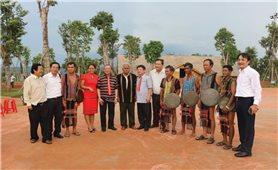 Đội ngũ già làng, trưởng bản và Người có uy tín: Điểm tựa tinh thần vững chắc của đồng bào DTTS