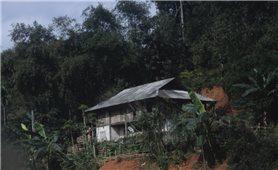 Khoét núi để dựng nhà - Hiểm nguy thấy rõ