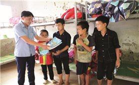 Lai Châu: Tập trung vận động học sinh ra lớp