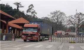 Hơn 1.000 xe hàng còn tồn đọng tại các cửa khẩu