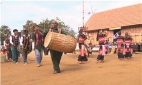 Kon Blo - Làng bảo tồn văn hóa
