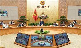 Thủ tướng: Mỗi doanh nghiệp, người dân, khu dân cư phải là 'pháo đài' chống dịch bệnh