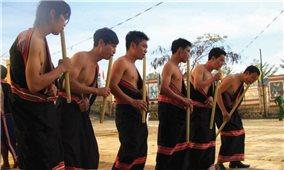 Người Giẻ Triêng trên biên giới Việt-Lào
