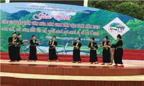 Sôi động cùng sắc màu văn hóa Thái