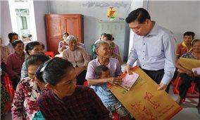 Thứ trưởng, Phó Chủ nhiệm Ủy ban Dân tộc Lê Sơn Hải: Thăm và chúc Tết đồng bào DTTS khu vực Tây Nam bộ