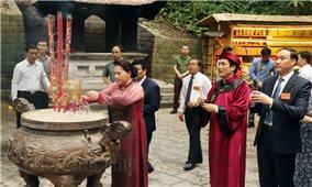 Trang nghiêm dâng hương tưởng niệm các Vua Hùng