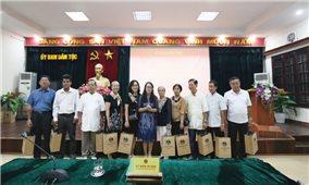 Thứ trưởng, Phó Chủ nhiệm UBDT Hoàng Thị Hạnh: Tiếp Người có uy tín TP. Cần Thơ