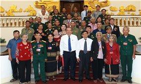 Phó Thủ tướng Thường trực tiếp đoàn người có công tỉnh Kon Tum
