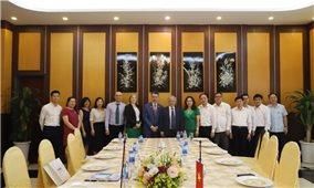 Bộ trưởng, Chủ nhiệm Ủy ban Dân tộc Đỗ Văn Chiến tiếp Tổng Giám đốc Cơ quan Viện trợ phát triển Ai Len