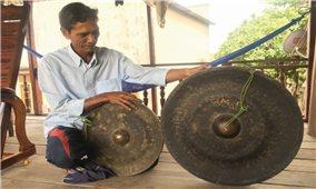 Đồng bào Jrai ở làng Plei Rbai (Gia Lai): Giữ cồng chiêng như giữ gìn sinh mệnh