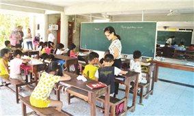 Những lớp học trong ngôi chùa làng