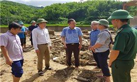 Ủy ban Dân tộc: Thăm hỏi các gia đình bị thiệt hại do mưa lũ tại huyện Quan Sơn và Mường Lát, tỉnh Thanh Hóa