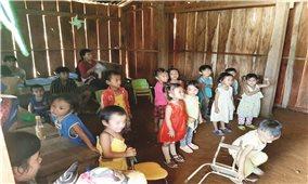 Nam Trà My (Quảng Nam): Hàng chục trẻ có nguy cơ bỏ học vì không có trường lớp