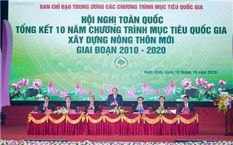 Thủ tướng Chính phủ Nguyễn Xuân Phúc: Xây dựng vùng nông thôn xanh, sạch, đẹp, bản sắc và đáng sống
