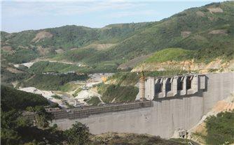 Các tỉnh miền Trung: Nguy cơ thiếu điện, thiếu nước sản xuất