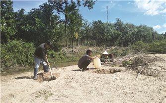 Khánh Hòa: Đồng khô, người khát...