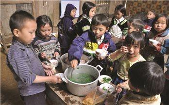 Báo động tỷ lệ trẻ em DTTS bị suy dinh dưỡng