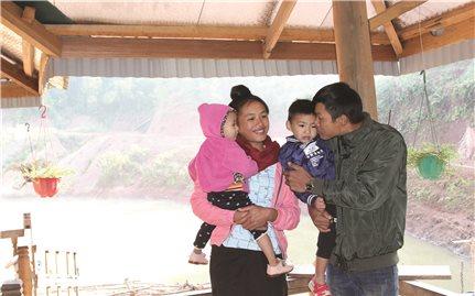 Gặp những cô dâu người Lào đón Tết ở quê chồng