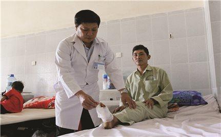 Bác sĩ Võ Văn Việt: Người đem đến những liều thuốc tinh thần cho bệnh nhân