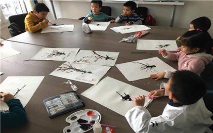 Người Việt định cư ở pháp: Giáo dục trẻ em hiểu về nguồn cội