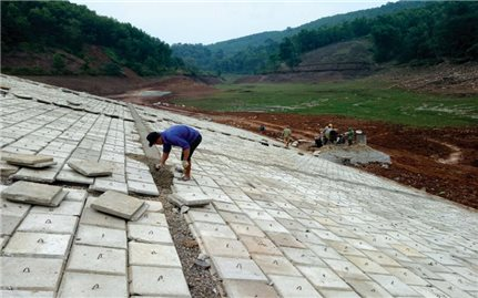 Hòa Bình: Chú trọng quản lý an toàn hồ đập