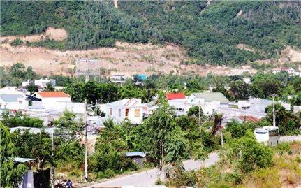 Khánh Hòa: Sẽ quyết liệt xử lý những vi phạm về xây dựng và đất đai