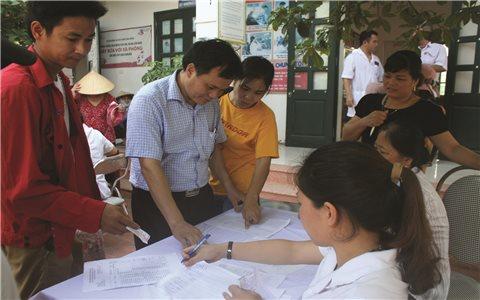 Bác sĩ Lâm Văn Tuấn: Thầy thuốc Ưu tú người Sán Chí
