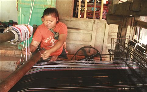 Đăk Nông: Tạo sinh kế cho phụ nữ DTTS