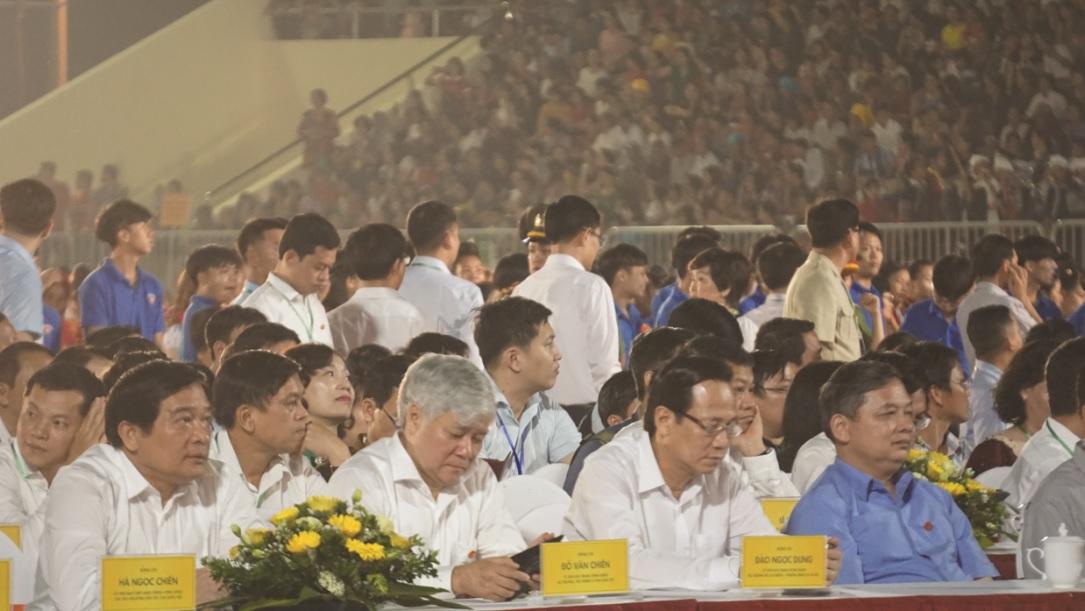 Bộ trưởng, Chủ nhiệm UBDT Đỗ Văn Chiến dự Lễ Khai mạc Lễ hội văn hóa, du lịch Mường Lò.