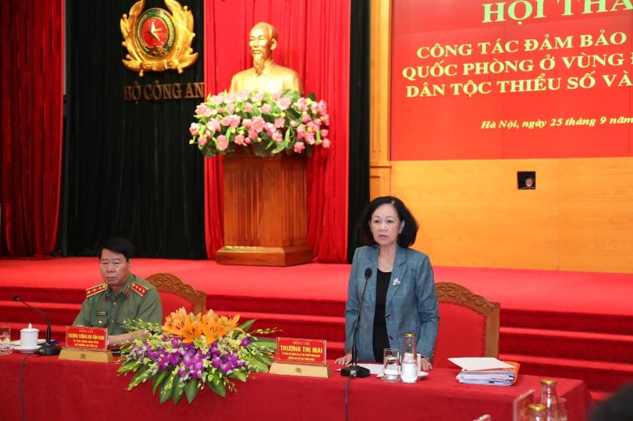 Bà Trương Thị Mai, Ủy viên Bộ Chính trị, Bí thư Trung ương Đảng, Trưởng Ban Dân vận Trung ương phát biểu chỉ đạo Hội thảo.