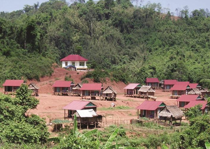 Từ các chương trình, dự án, nhiều hộ ĐBDTTS xã Thượng Trạch đã có nhà sàn khang trang để an cư