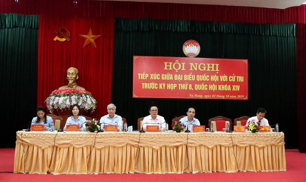 Đoàn ĐBQH Khóa XIV tỉnh Tuyên Quang tại buổi tiếp xúc cử tri huyện Na Hang