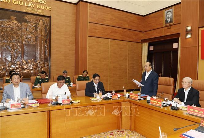 Đồng chí Nguyễn Xuân Phúc, Ủy viên Bộ Chính trị, Thủ tướng Chính phủ, Ủy viên Thường vụ Quân ủy Trung ương phát biểu tại Hội nghị. Ảnh: TTXVN