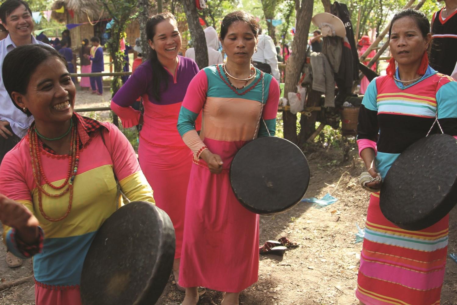 Trong cộng đồng người Raglai hiện nay không còn nhiều gia đình giữ được nhạc cụ mã la