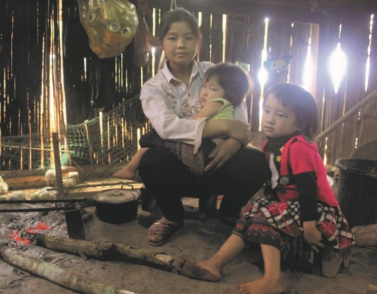 Việc đưa nội dung tảo hôn vào xây dựng hương ước làng góp phần giảm tình trạng tảo hôn ở miền núi Bình Định. (Ảnh minh họa)