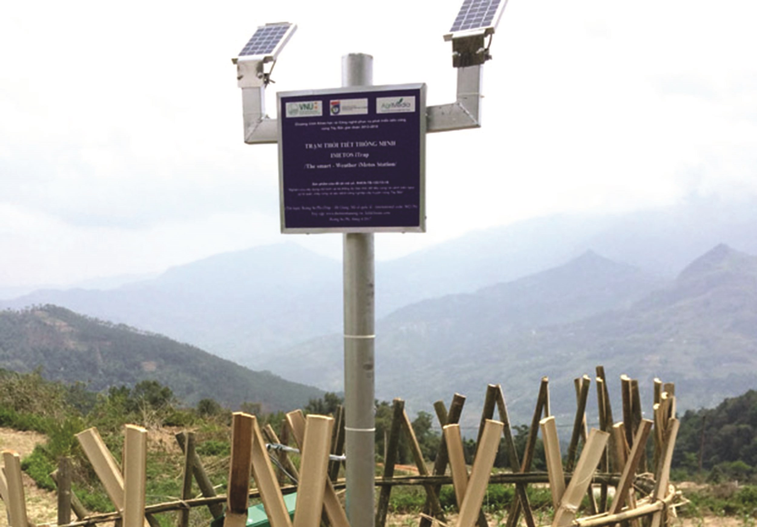 Trạm thời tiết thông minh được lắp đặt tại xã Bản Péo, huyện Hoàng Su Phì (Hà Giang). (Ảnh TL)