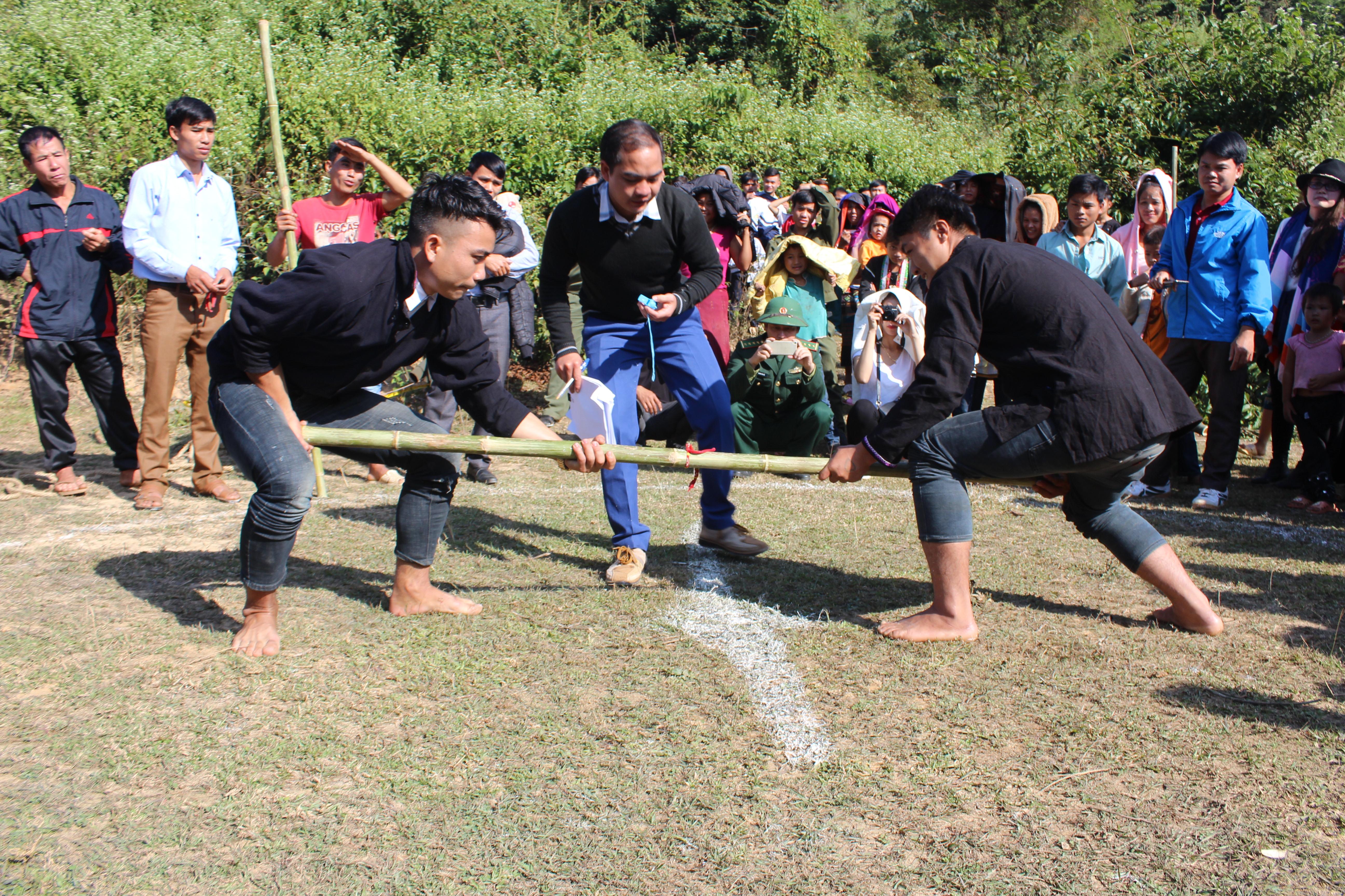 Hoạt động thi đấu thể thao trong lễ hội