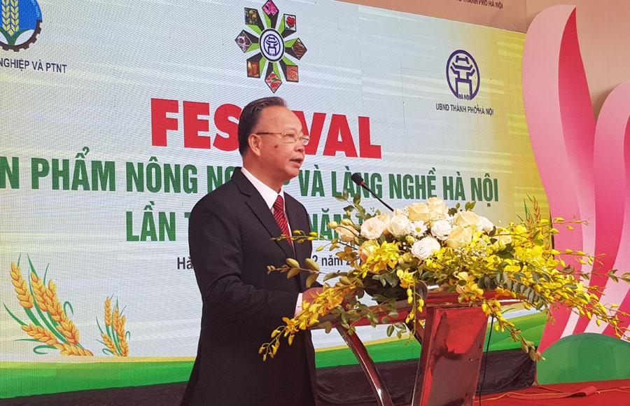 Phó Chủ tịch Thường trực UBND thành phố Hà Nội Nguyễn văn Sửu phát biểu khai mạc sự kiện