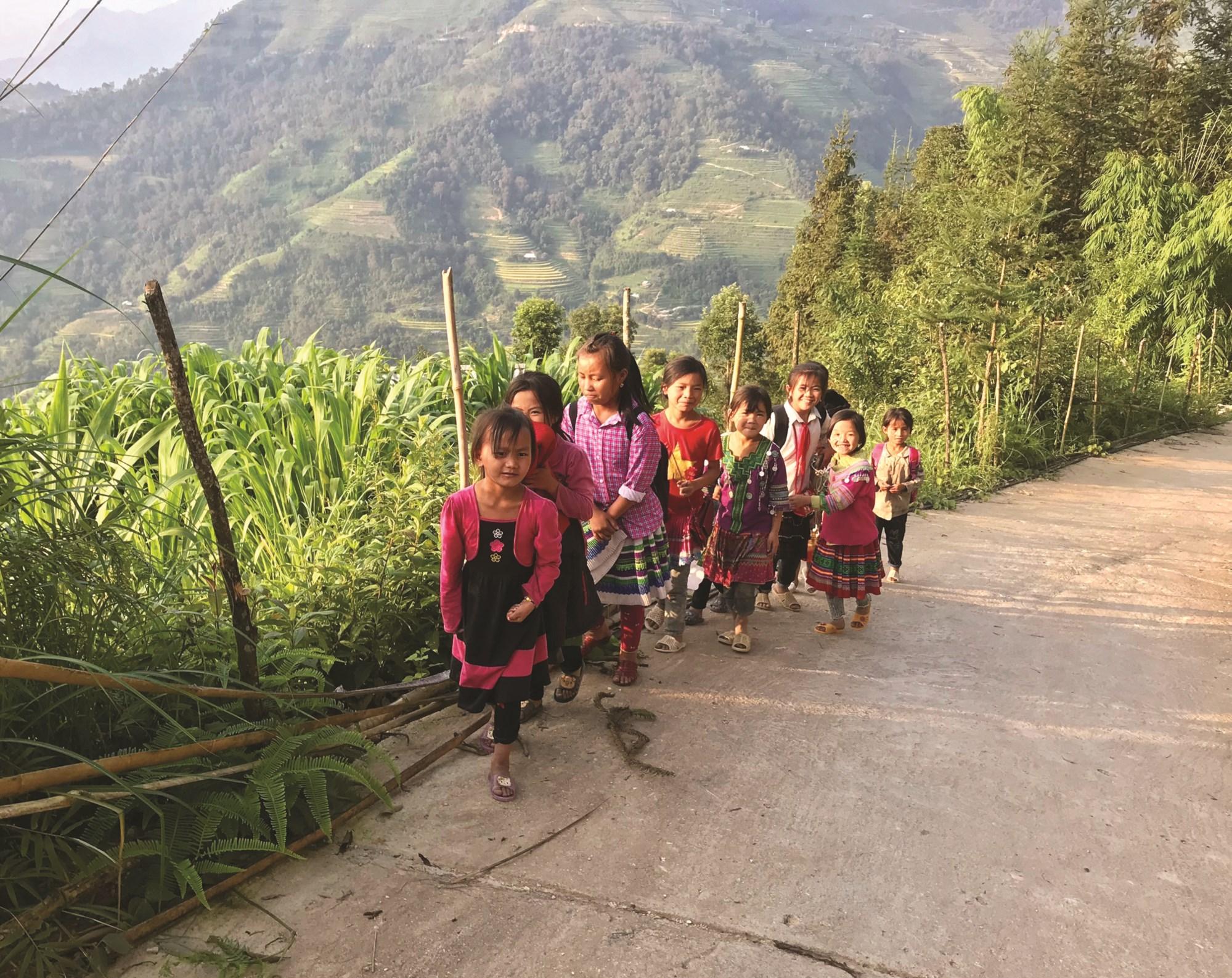 Trẻ em Việt Nam ngày càng nhận được nhiều sự ưu tiên về mọi mặt