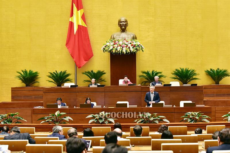 Đại biểu Quốc hội trong phiên làm việc tại Hội trường ngày 26/11.