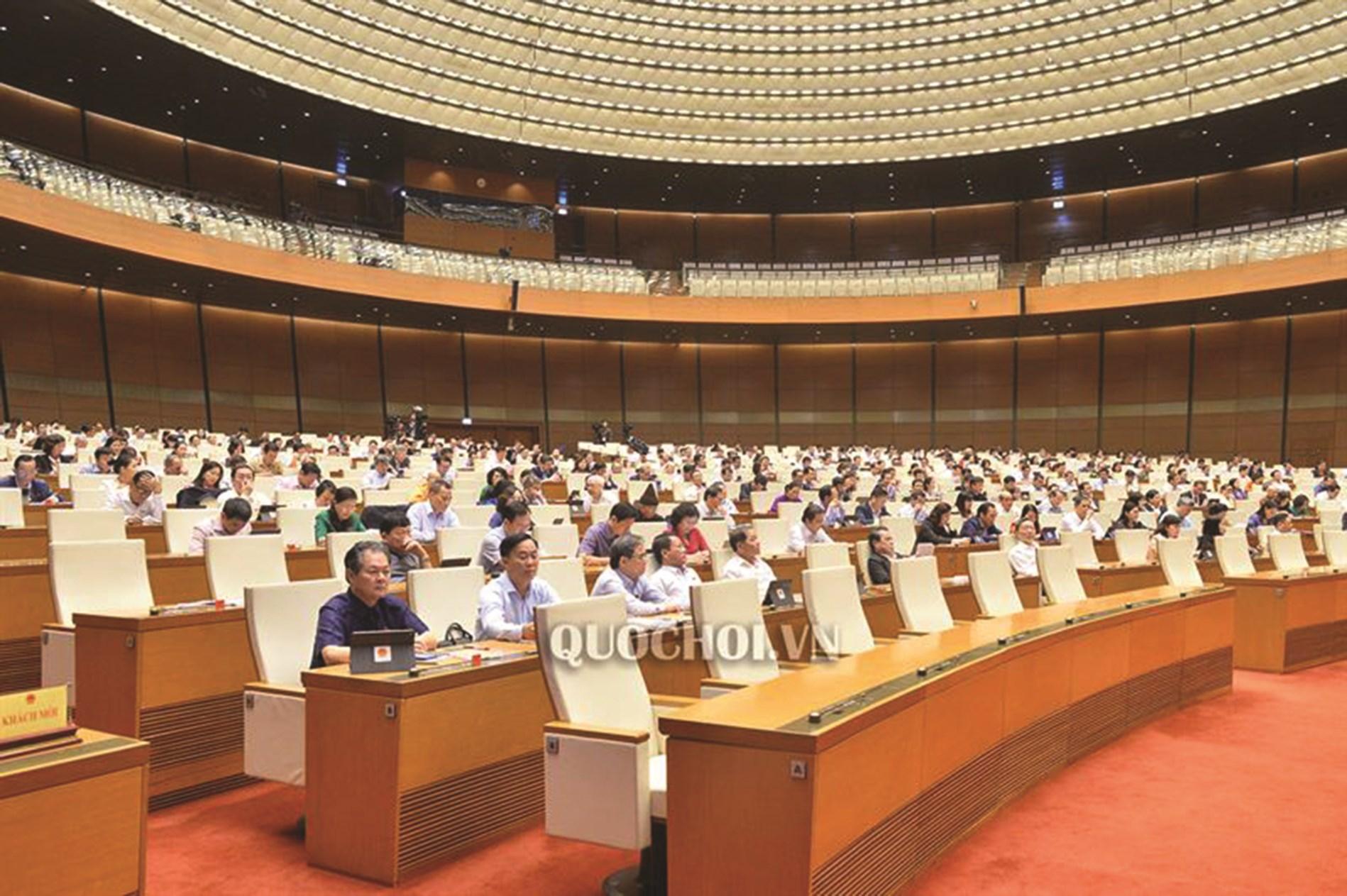 Đại biểu Quốc hội trong phiên làm việc tại hội trường.